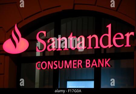 Santander Consumer Bank Stock Photo 71477455 - Alamy