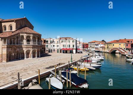 Italy Europe Travel Murano Glass Monument Red