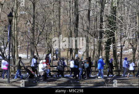 Audubon, NJ, USA 24th Mar, 2018 Hundreds turn out at Saturday\u0027s