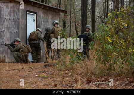 Marines in an Assaultman Course with Infantry Training Battalion - marines infantry assaultman