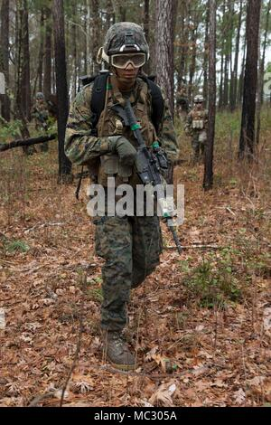 A Marine in an Assaultman Course with Infantry Training Battalion - marines infantry assaultman