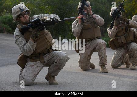 Marine with Marine Rotational Force-Europe conducts a ski patrol