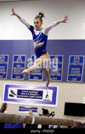 The US Air Force Academy women\u0027s gymnastics team rally\u0027s before