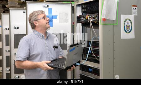 SAN DIEGO (Oct 4, 2018) Computer Systems Analyst Thomas Franklin