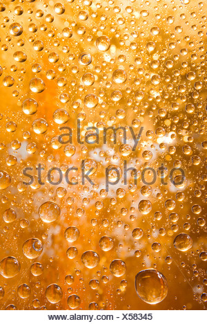 golden water droplets background Stock Photo 50730094 - Alamy - water droplets background
