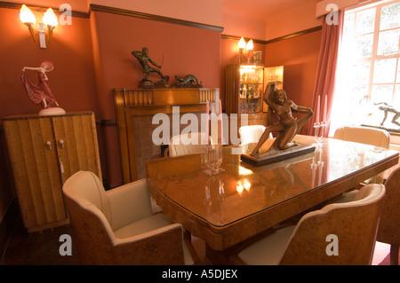 Renoviert, Art Deco 1930 S Haus Innen Küche Und Lounge Stockfoto   Esszimmer