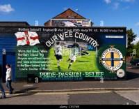 Wall Mural Belfast Stock Photos & Wall Mural Belfast Stock ...
