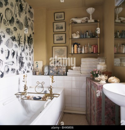 Bathroom Black White Tiles Stock Photos & Bathroom Black White Tiles Stock Images - Alamy
