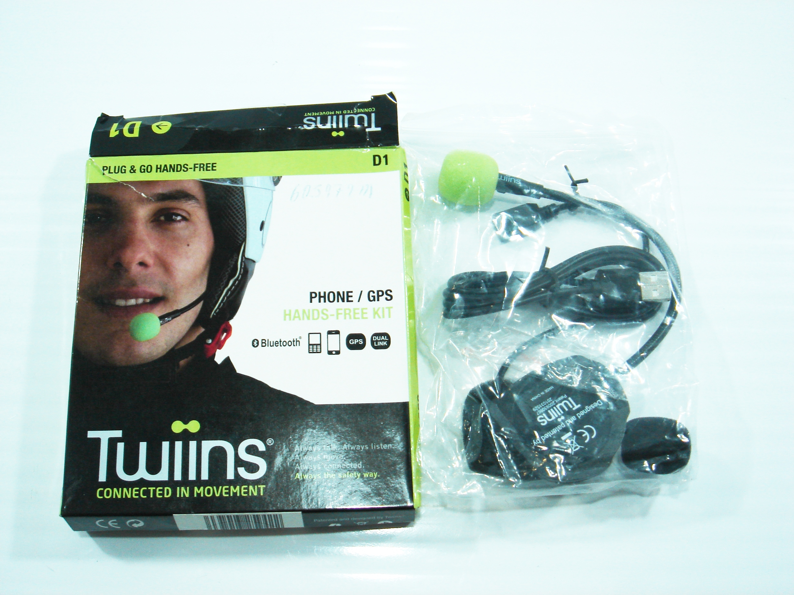 Kit Bluetooth Manos Libres Kit Manos Libres Bluetooth Piaggio La Boutique De La Moto