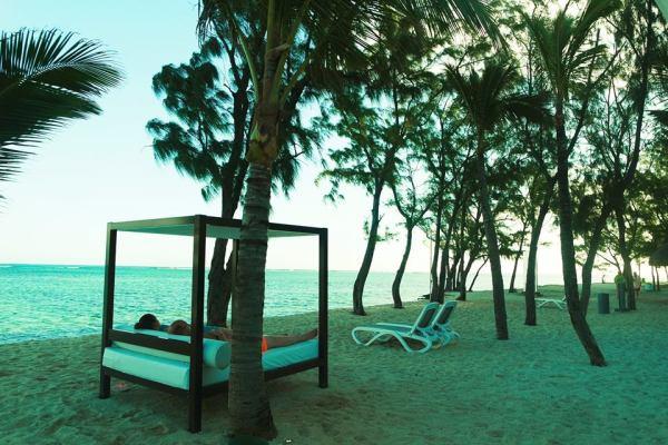 Tumbona en la playa de Le Morne