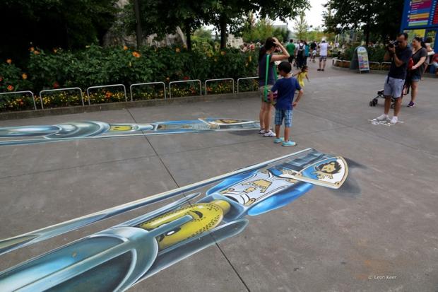 El artista que crea ilusiones pticas impresionantes en el for Ilusiones opticas en el suelo