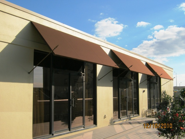 Houzza Commercial Fabric Awnings | La Custom Awnings