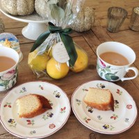 Lucy's Lemon Drizzle Cake - when life gives you lemons