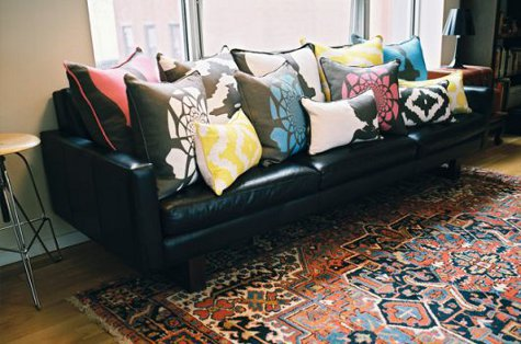 using-pillows-in-interior-decorating