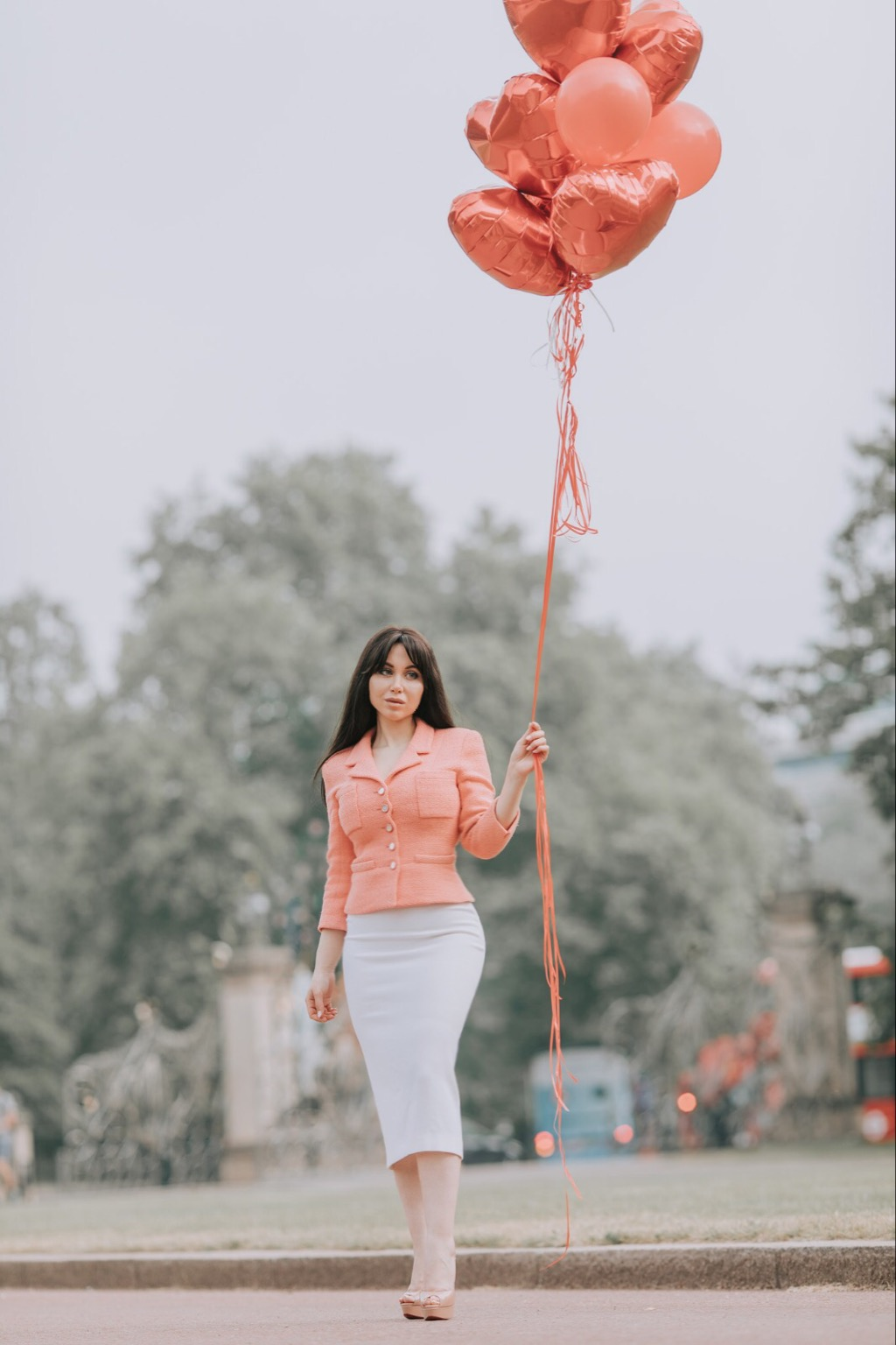 Mind Why Women Feel Jealous Hyde Park London Guide Louboutin Lady Peep Nude Chanel Suit Chanel Fashion Balloons Photoshoot Roland Mouret Arreton Skirt London Fashion Blogger Ladynatalina bark post Signs Of Jealousy