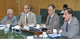 CEO Pakistan Railways Javaid Anwar announces bonus for Rail Cop Company