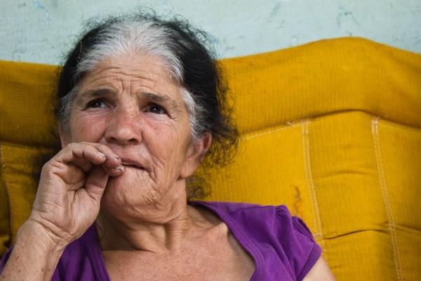 Catadora de materiais recicláveis é a matriarca da família Gaion (Foto: Laila Braghero/O Semanário)