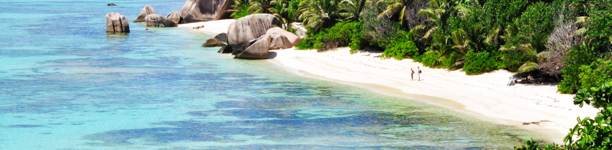 Beaches_on_La_Digue_Seychelles_01