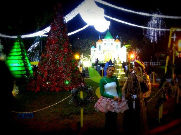 Baguio_Christmas_Village_2012_4x