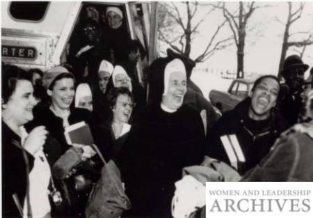 Mary Griffin, PhD, of Mundelein College arrives with her students at Selma, 1965 (Mary Griffin Papers, Women and Leadership Archives, Loyola University Chicago)