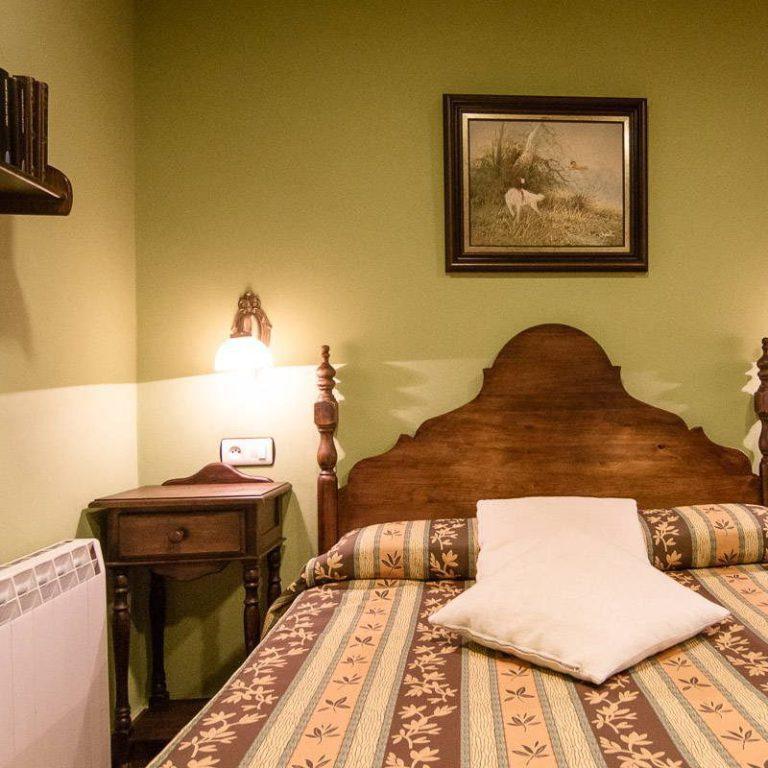 Doublre room. La llobera apartments