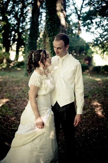 robe-de-mariee-corset-court-boheme-dentelle-soie-et-coton