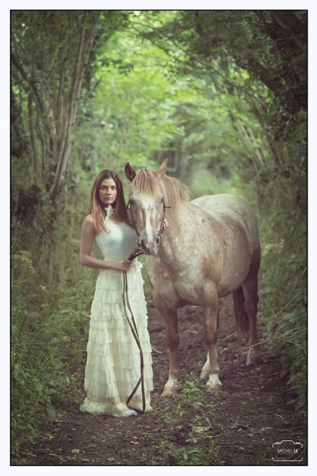 robes de mariées nature créatrice de robe de mariée à brest bohême, sous bois, cheval