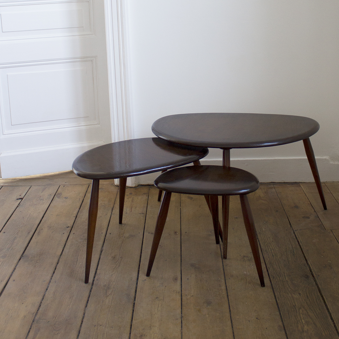 Tables Gigognes Tables Gigognes Ercol