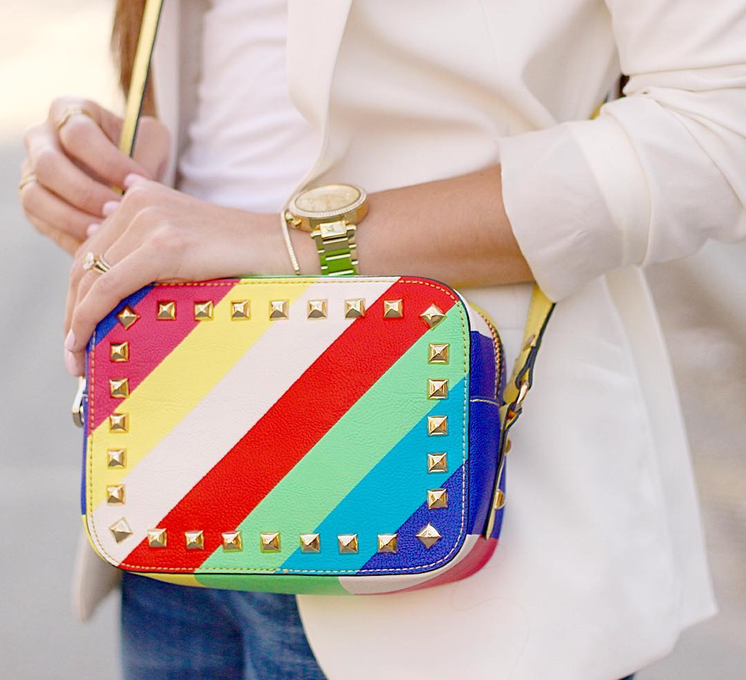 Hope your day is as fabulous as this rainbow bag!!hellip