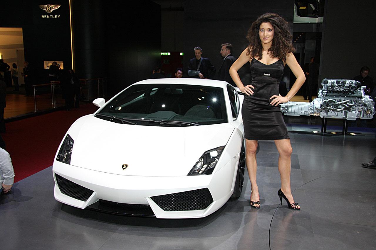 New Car Wallpaper Bloggers Lamborghini White And Hot Girl 6 Lamborghinigirl