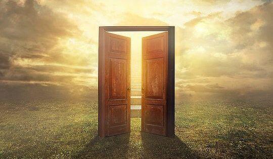 Nueva consciencia si la puerta no abre no es tu camino for Puerta que se abre sola