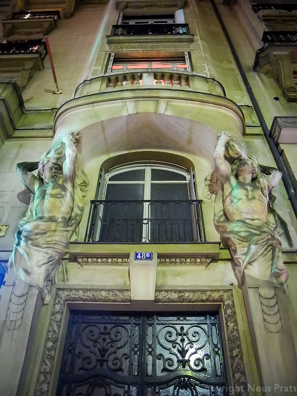 48, rue du Rivoli.