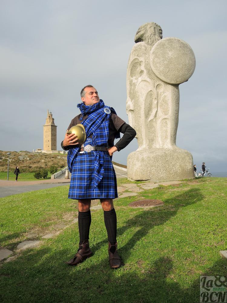 El celta Mil Espana nos guió entre la historia y las leyendas de la Torre de Hércules
