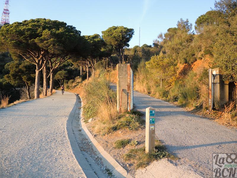Si queréis subir a Sant Pere Màrtir, este es el punto que hay que desviarse a la derecha.