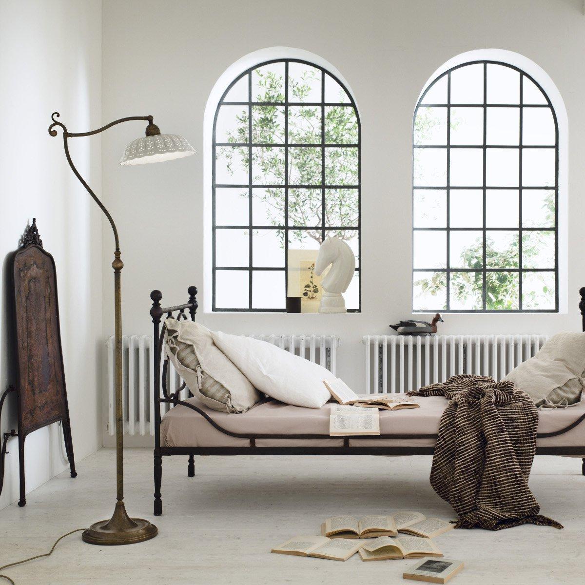 rustikale lampen landhausstil wandlampe rustikal. Black Bedroom Furniture Sets. Home Design Ideas