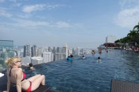 Marina Bay Sands Worlds Largest Rooftop Infinity Pool ...
