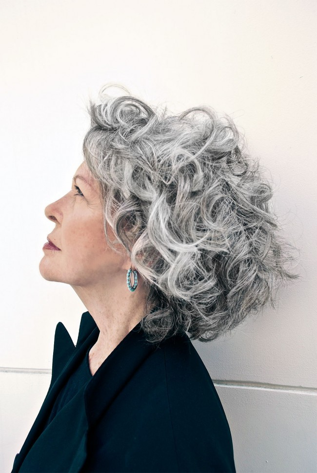 hair salons curly gray