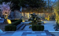Japanese garden lit up - Land8