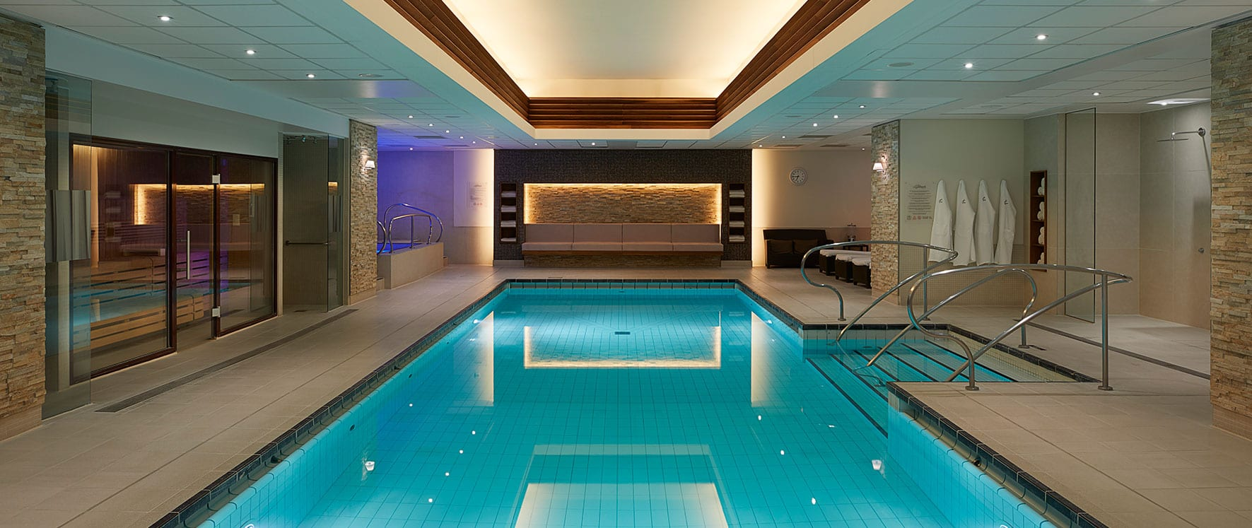 Jacuzzi Pool Was Ist Das Spa Gym Marylebone With Massage And Beauty Treatments The