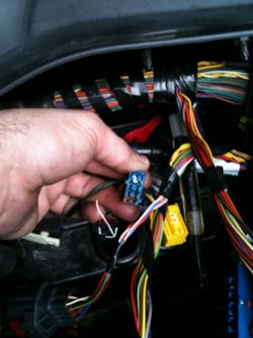 For Central Air Fuse Box Washed Engine Compartment On Lr3 Now Problems Land Rover