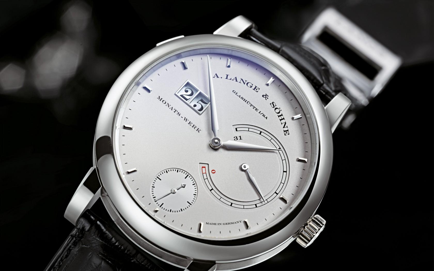 SetWidth1680-Lange-Lange31-Platin-Platinum-130025-B1