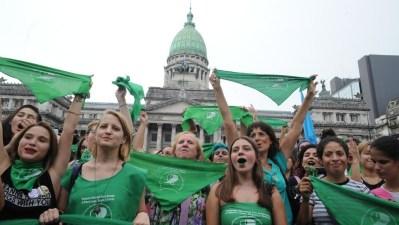 Se incrementa el debate por la despenalización del aborto en Argentina