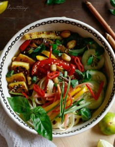 fresh thai noodle soup