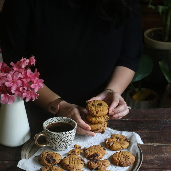 Chickpea flour chocolate chunk cookies