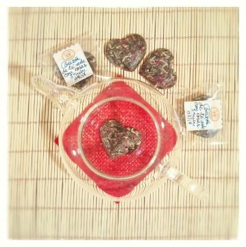Corazones de té verde y rosas - La Petite Planèthé Yo té, ¿y tú? - rosas y corazones
