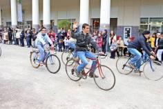 Arrivée de la Caravane du Tour de France à Contrexéville !
