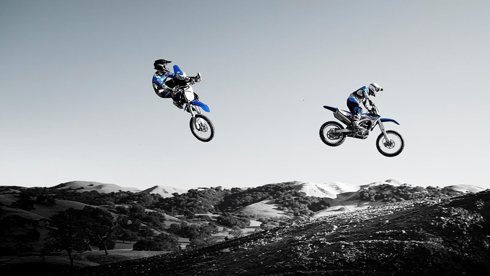 Ktm Motocross Wallpaper Hd 20 Fonds D 233 Cran Et Wallpapers De Moto La Poign 233 E Dans L