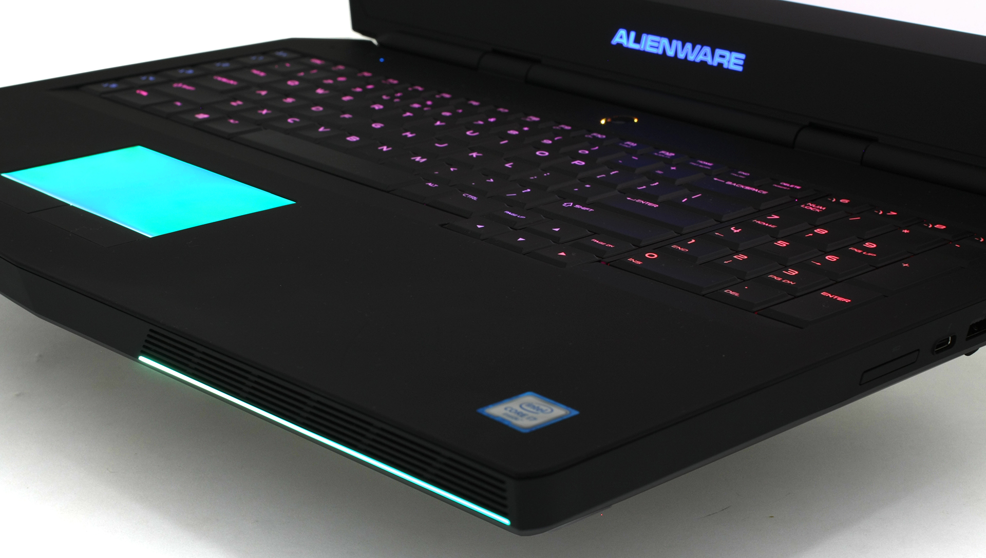 Alienware 17 R3 Late 2015 Review When You Want The