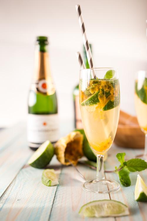 Mojito Royal au Champagne & Fruit de la Passion | La Raffinerie ...