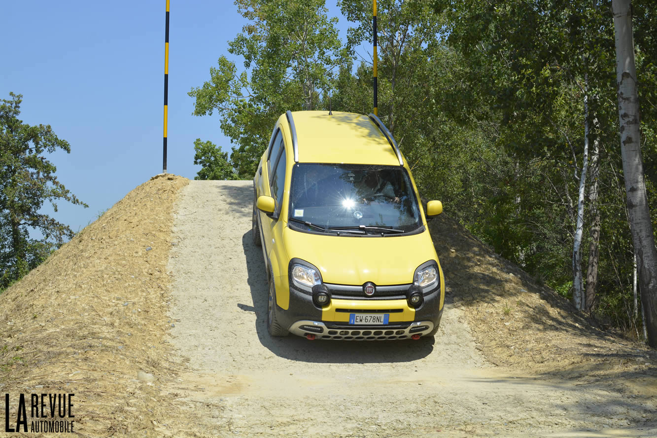 Interieur Fiat Panda 1 Photo Fiat Panda Cross Interieur Exterieur Année 2014